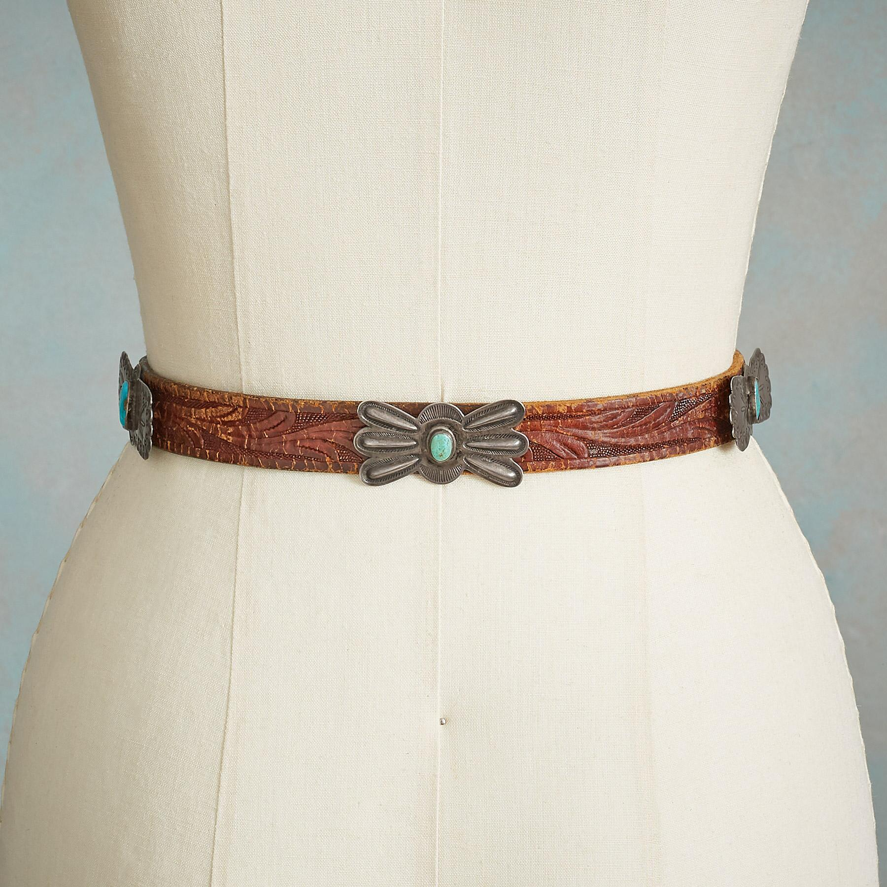 VINTAGE BUTTERFLY CONCHO BELT: View 2