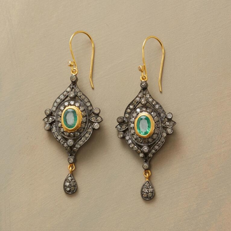 DOROTHEA EMERALD EARRINGS