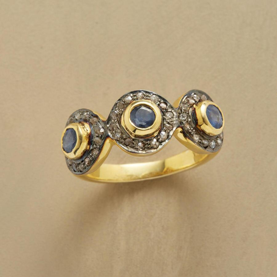 SAPPHIRE DELIGHT RING