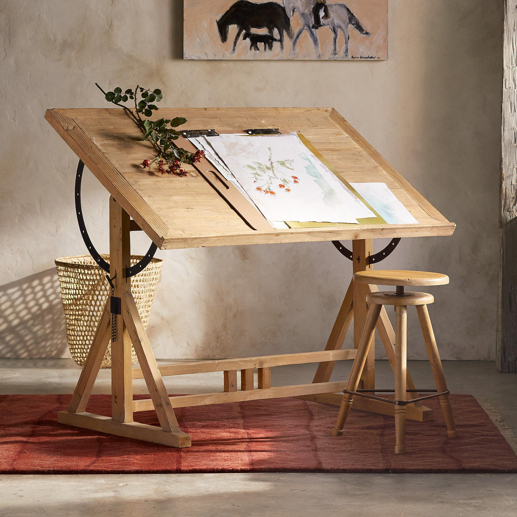 WREN DRAFTING TABLE: View 1