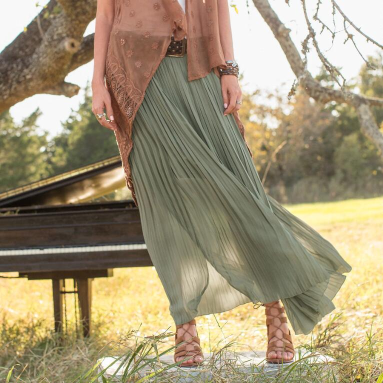 GRACEFUL DREAMS MAXI SKIRT