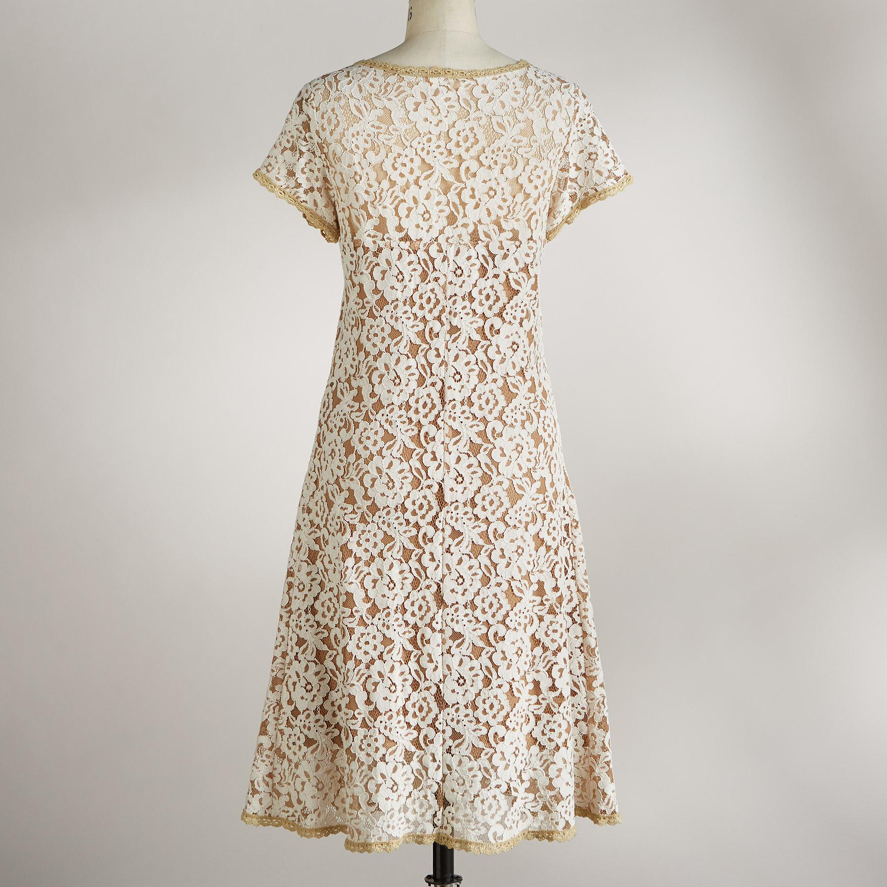 SWEETHEART LACE DRESS: View 2