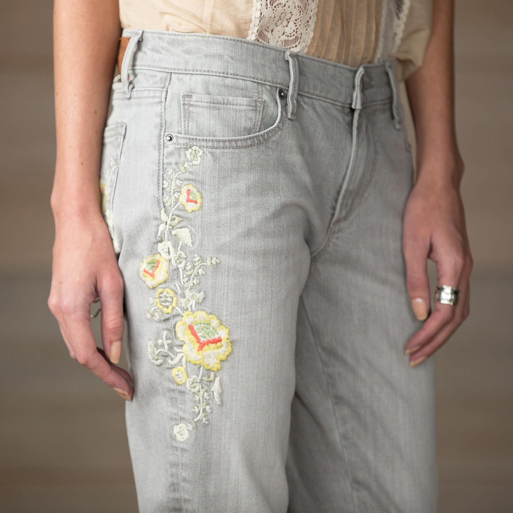 MARILYN HOLLYHOCK JEANS BY DRIFTWOOD: View 2