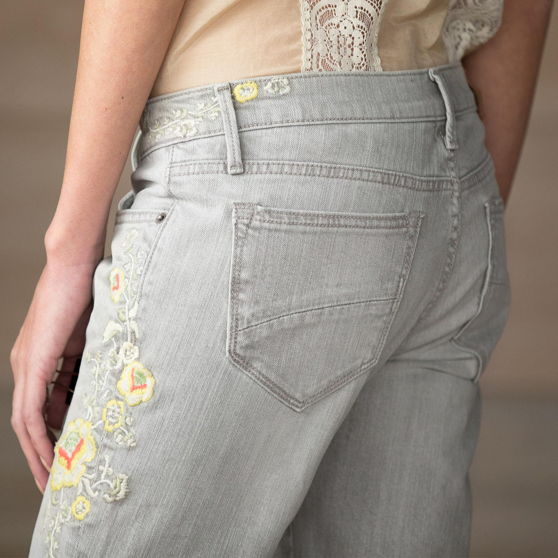 MARILYN HOLLYHOCK JEANS BY DRIFTWOOD: View 3