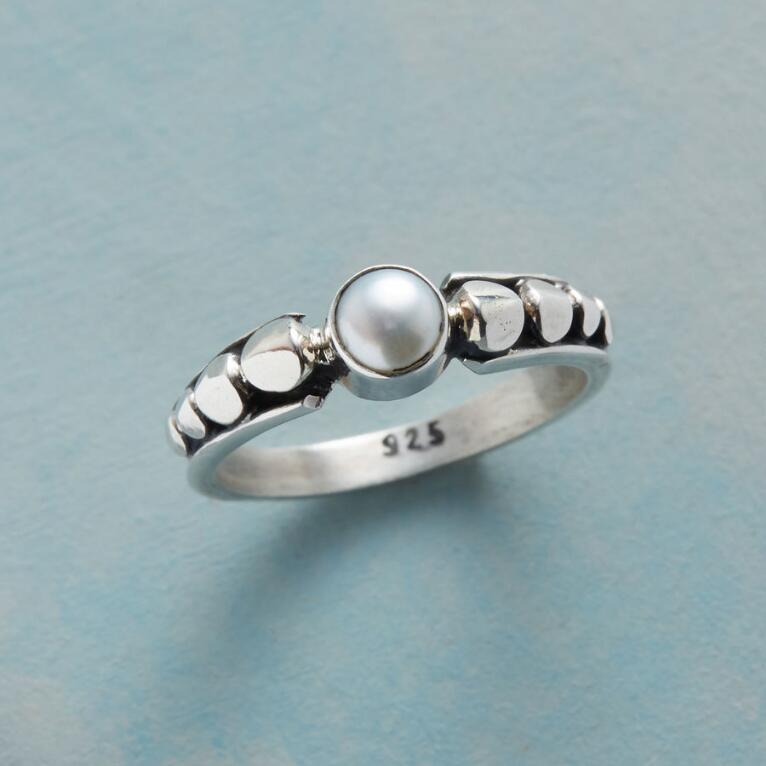 PEARL IN A POD RING