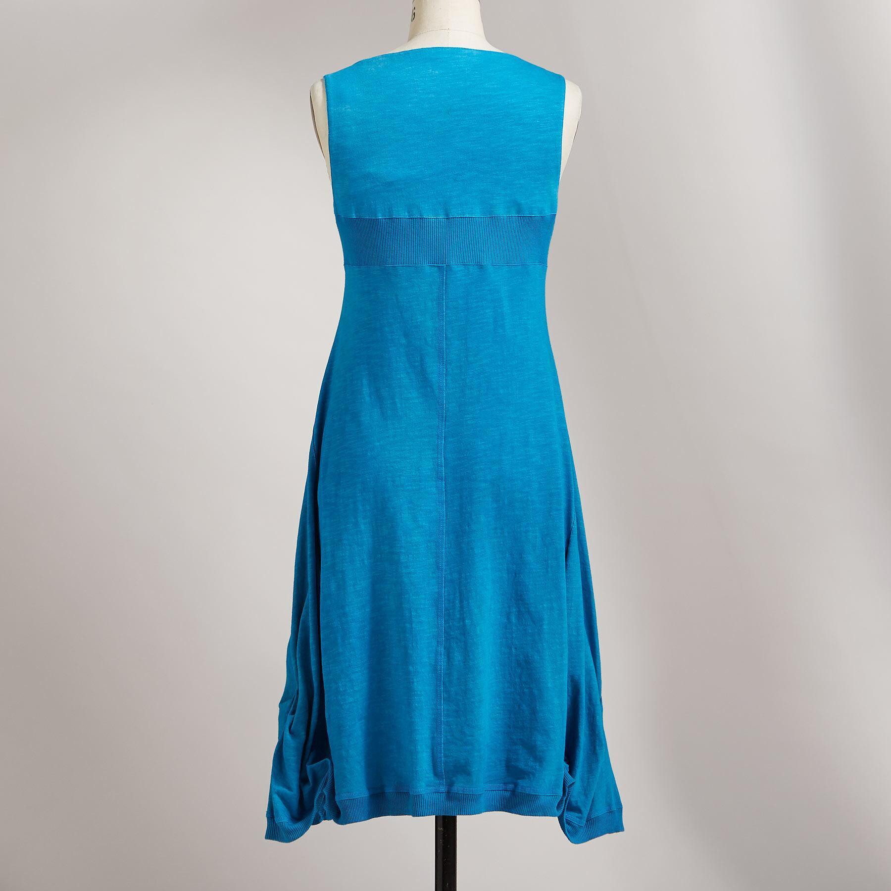 COOL BREEZE DRESS: View 2