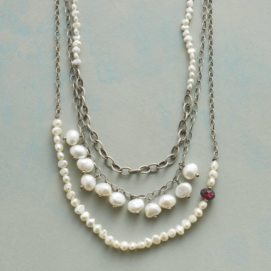 PEARL TRILOGY NECKLACE