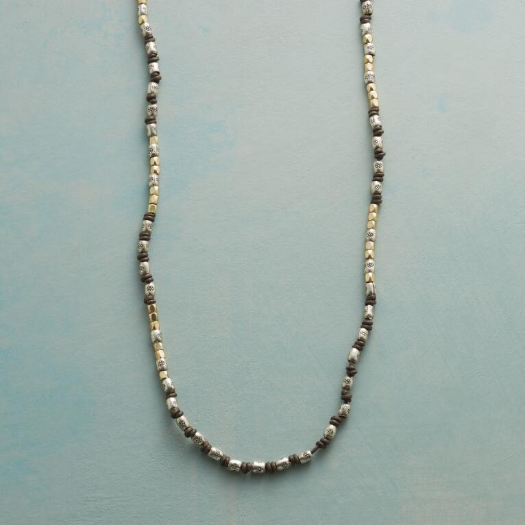 MIDPOINT NECKLACE