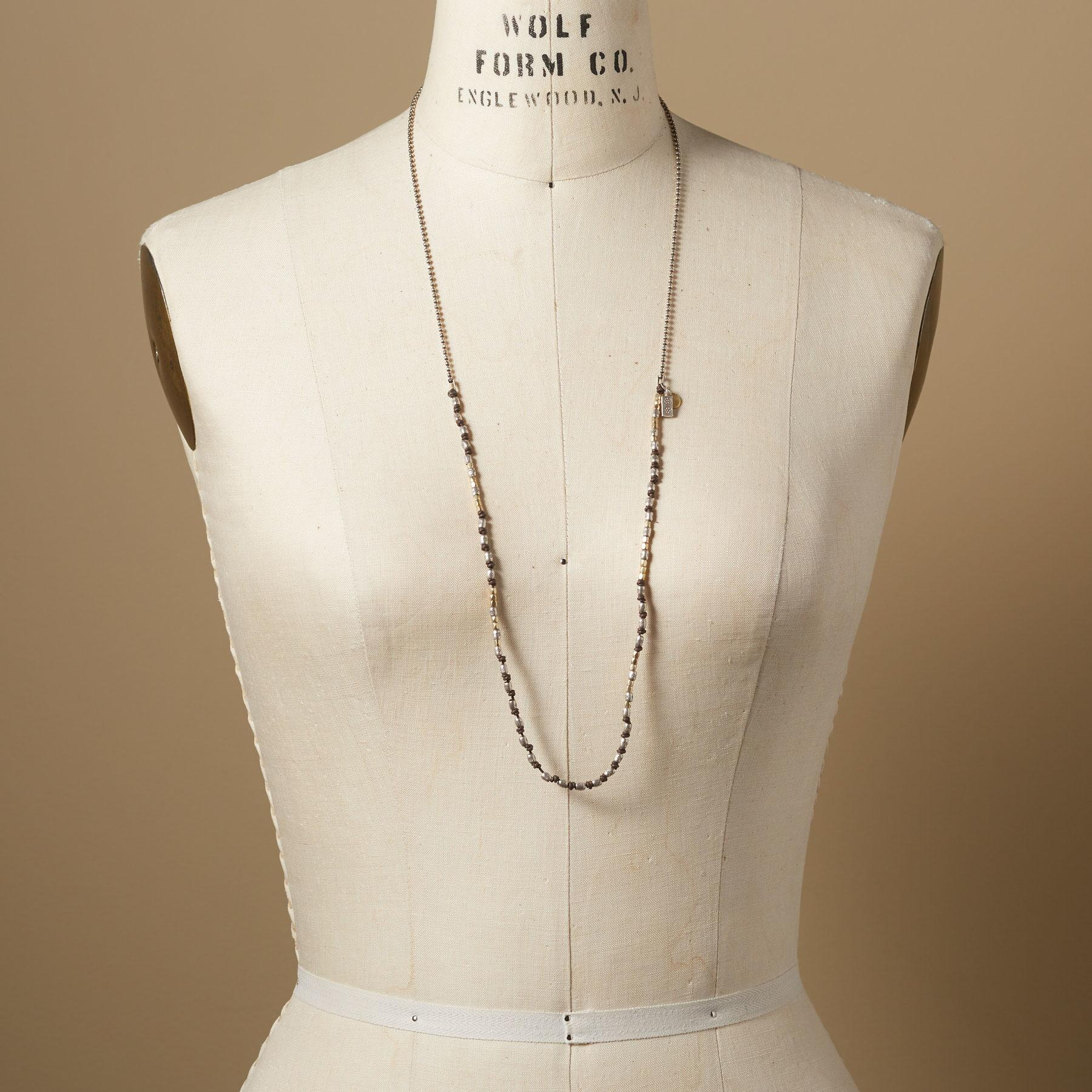MIDPOINT NECKLACE: View 3
