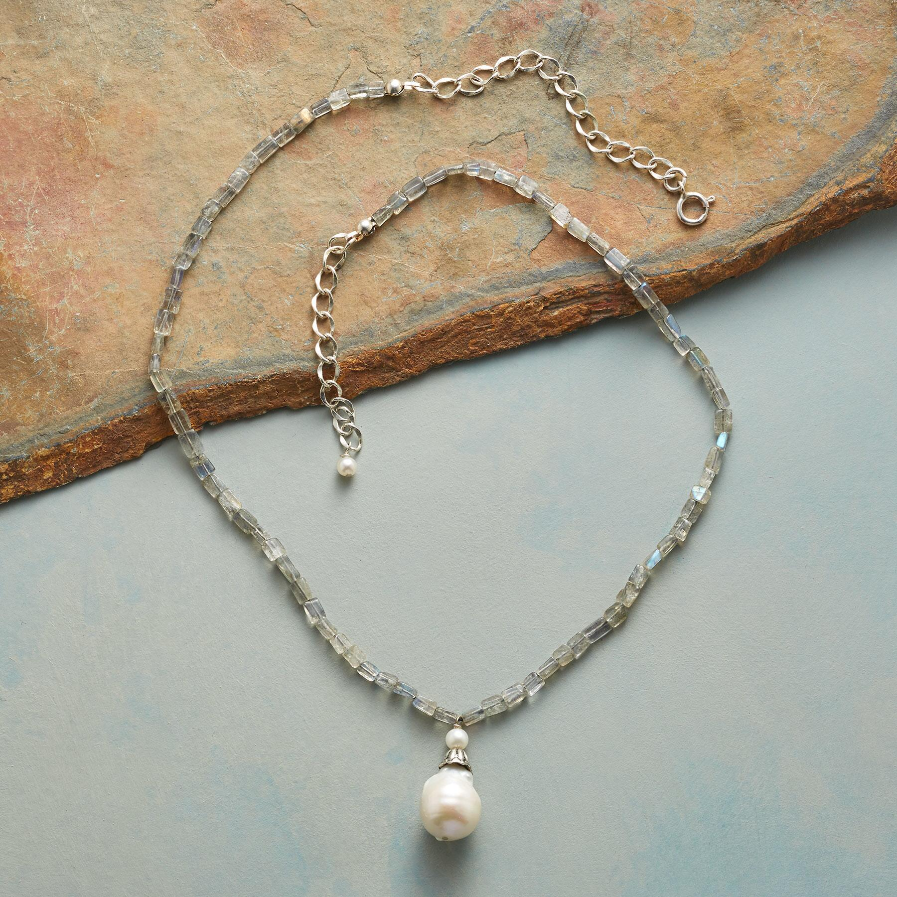 BELLFLOWER PEARL NECKLACE: View 2
