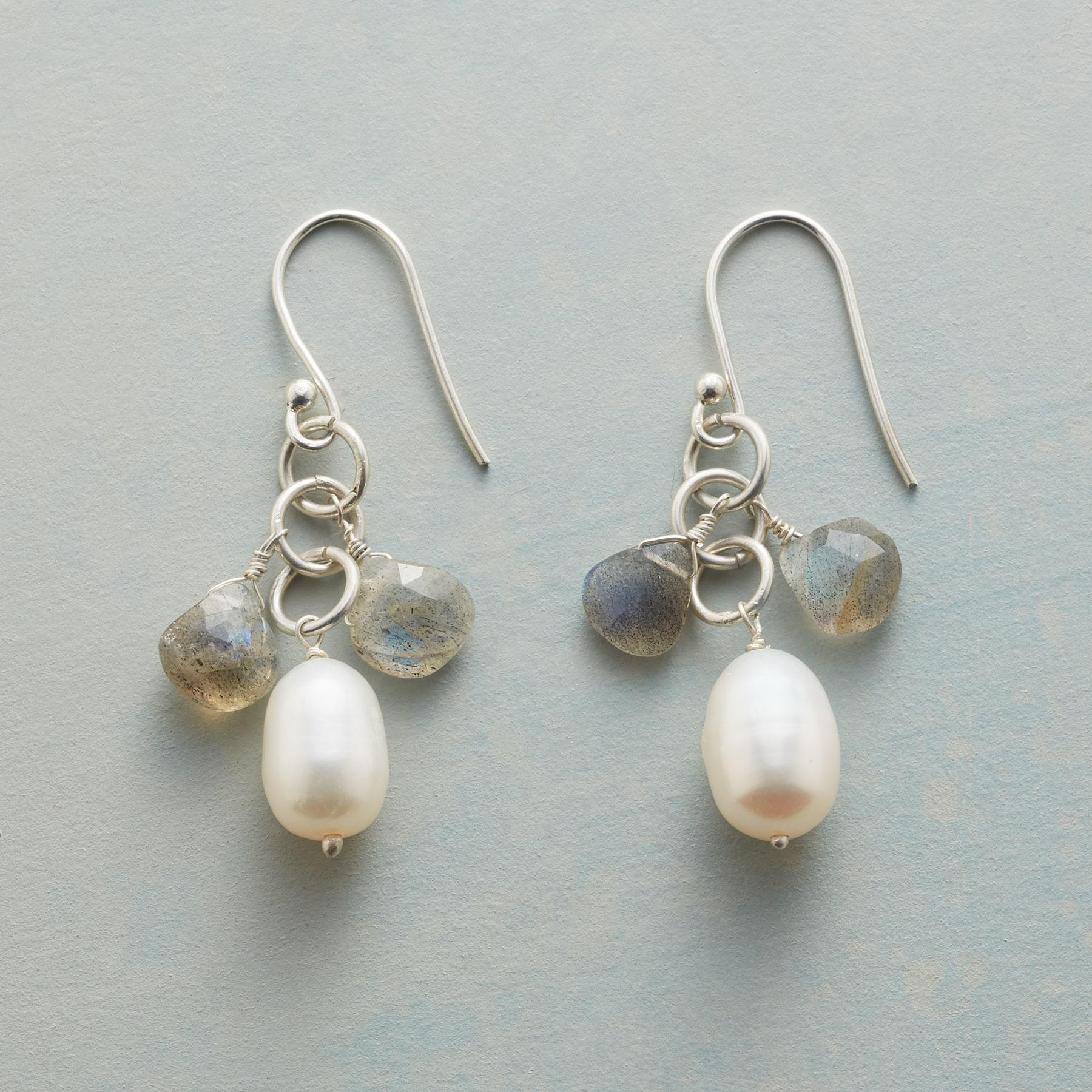 PEARLY LINING EARRINGS: View 1
