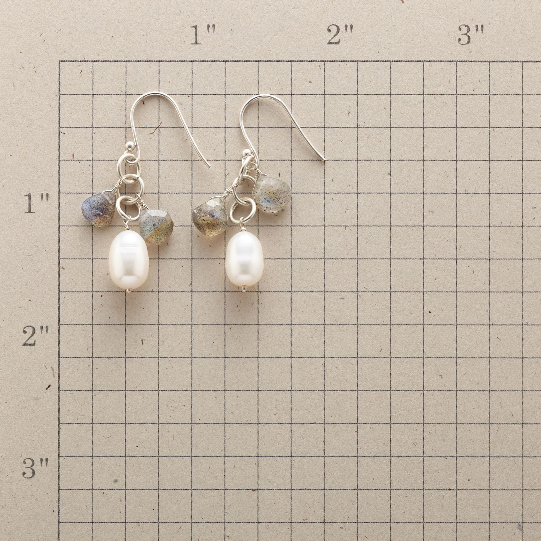 PEARLY LINING EARRINGS: View 2