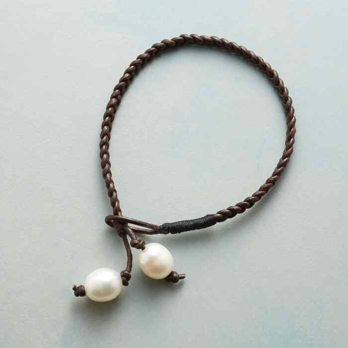 BROWN BRAID BRACELET