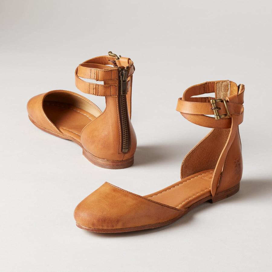 CARSON KNOTTED FLATS