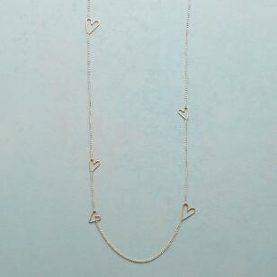 TINY HEARTS, BIG LOVE NECKLACE