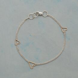 TINY HEARTS, BIG LOVE BRACELET