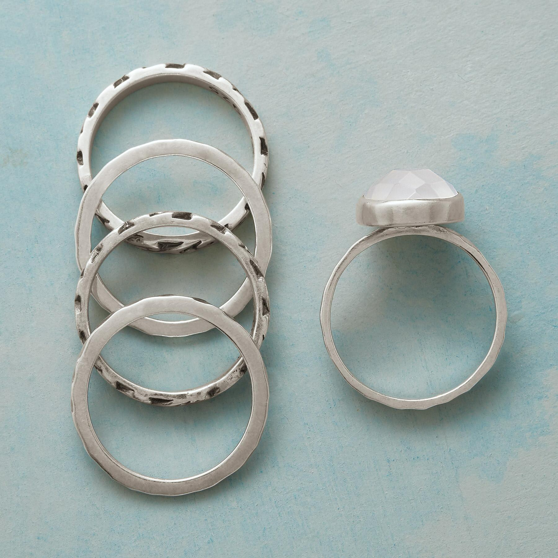 QUARTZ QUINT RINGS, SET OF 5: View 2