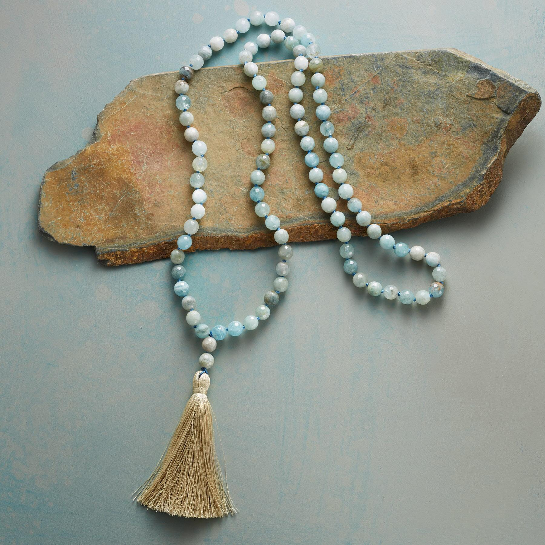 GOLDEN TASSEL NECKLACE: View 2