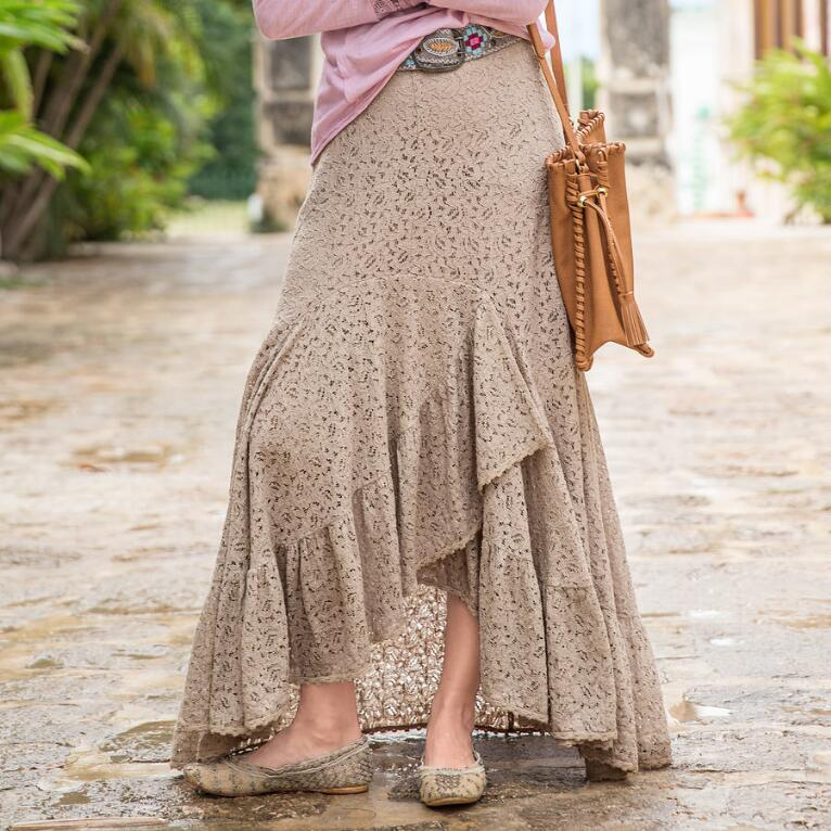 LACE PEDIGREE SKIRT