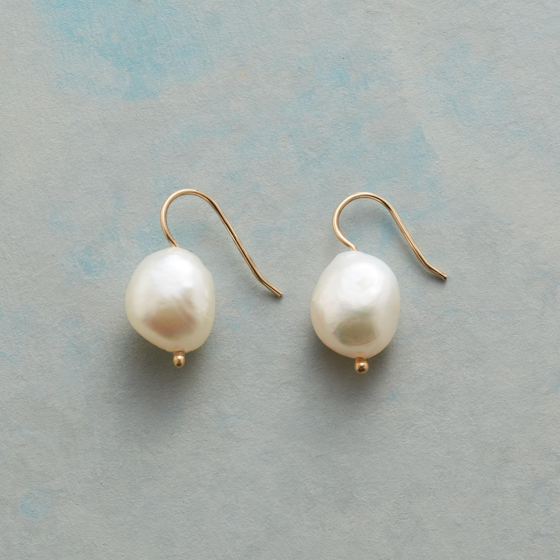 SUBLIME PEARL EARRINGS: View 1