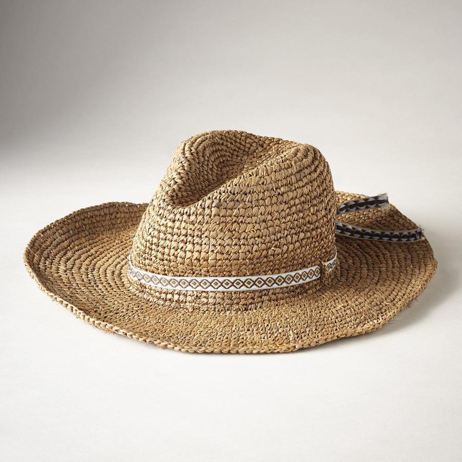 NELLIE HAT