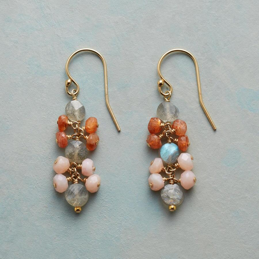 MELLOW DAWN EARRINGS