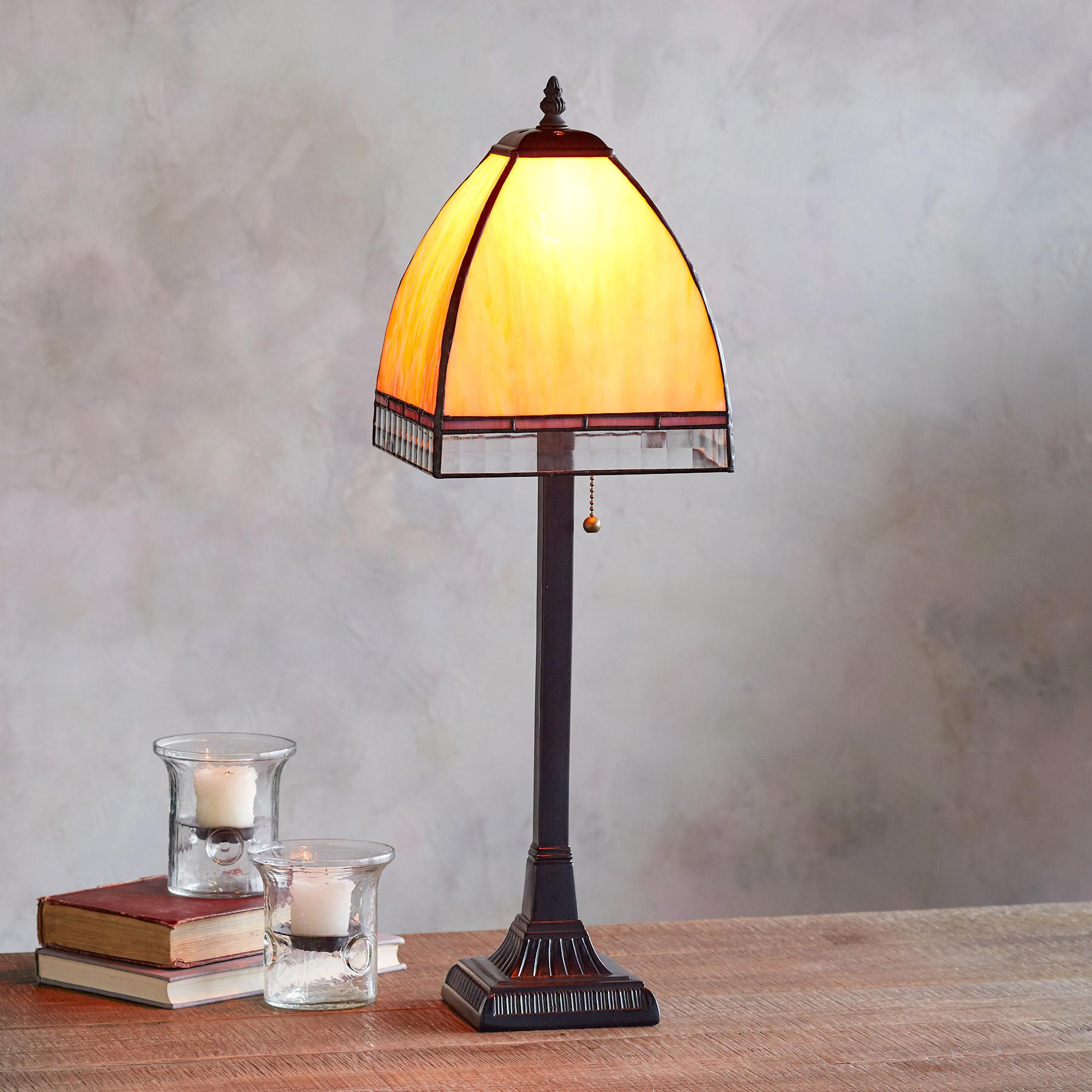 DRAKE TABLE LAMP: View 2