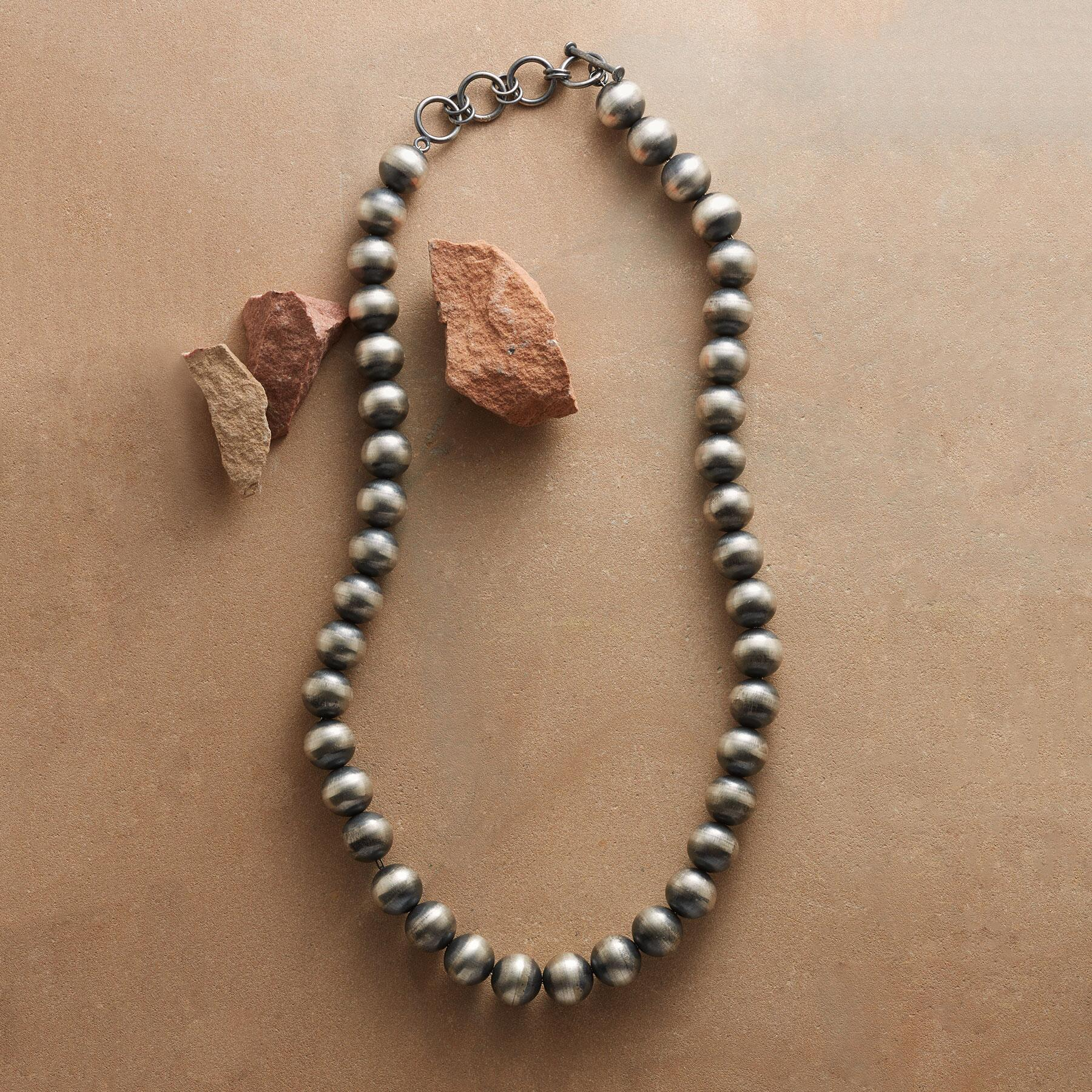 NATIVE AMERICAN CLASSIC NECKLACE: View 1