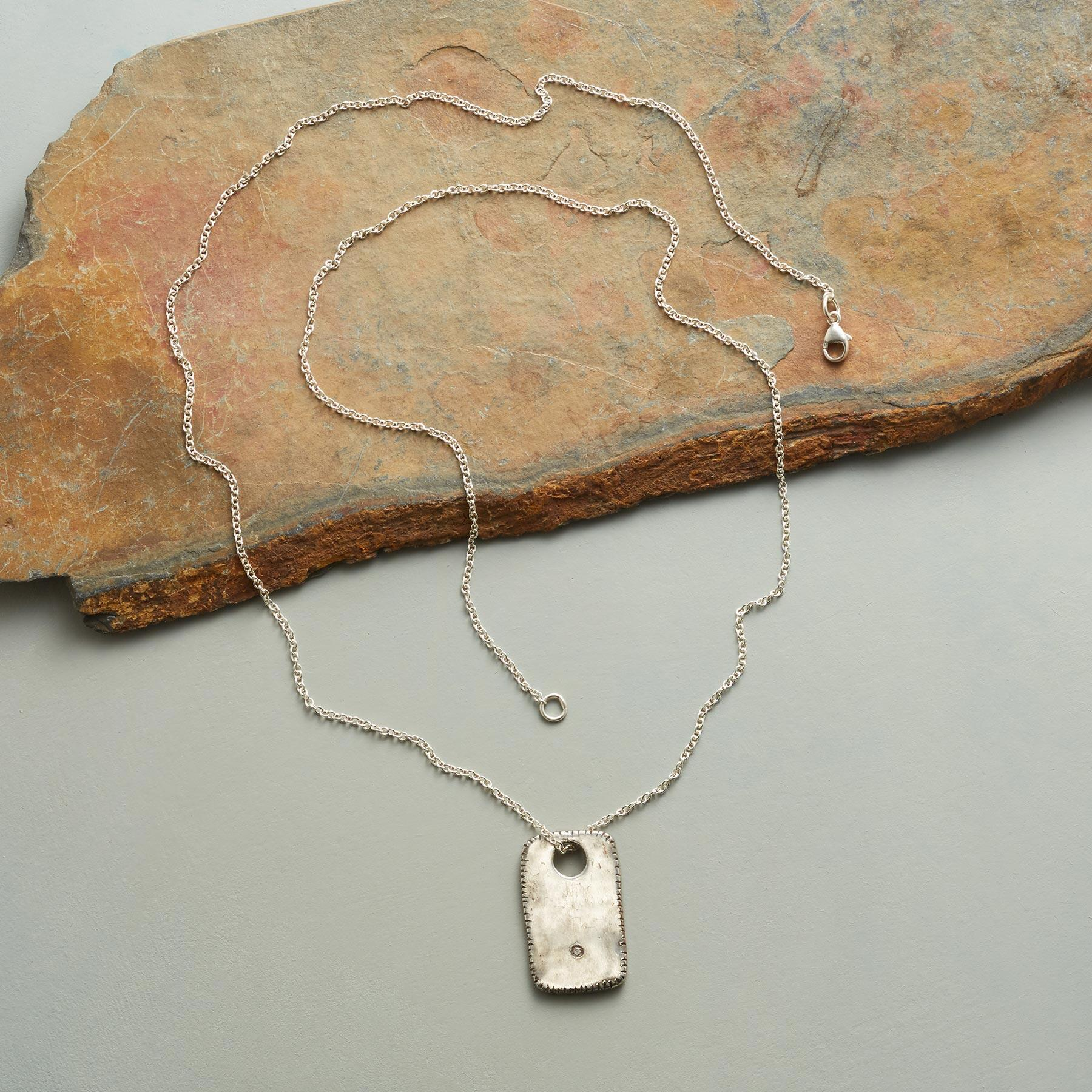ONE LIGHT NECKLACE: View 2