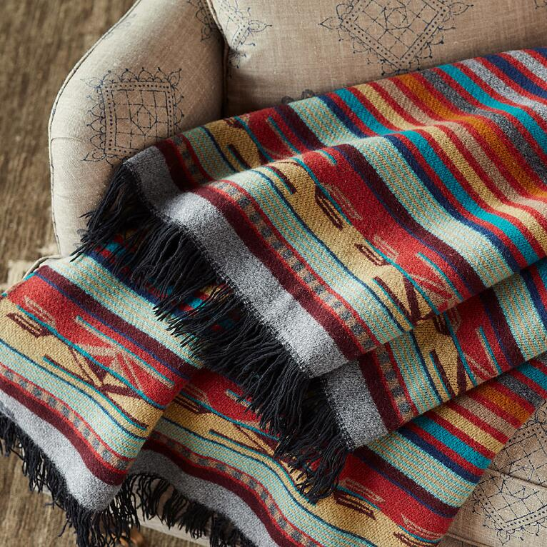 PENDLETON CHIMAYO GARNET THROW