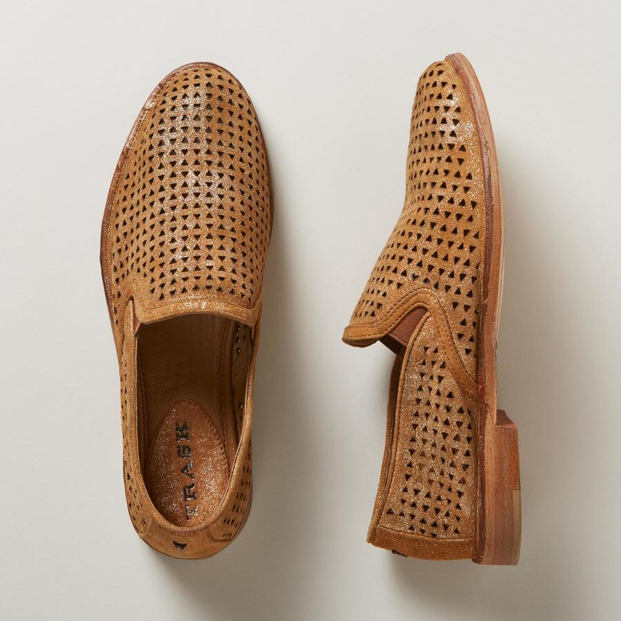 ALI PERFORATED SHOE