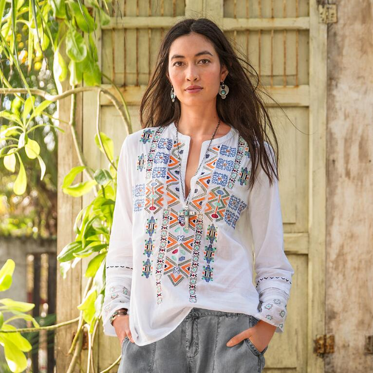 ART OF EMBROIDERY TUNIC
