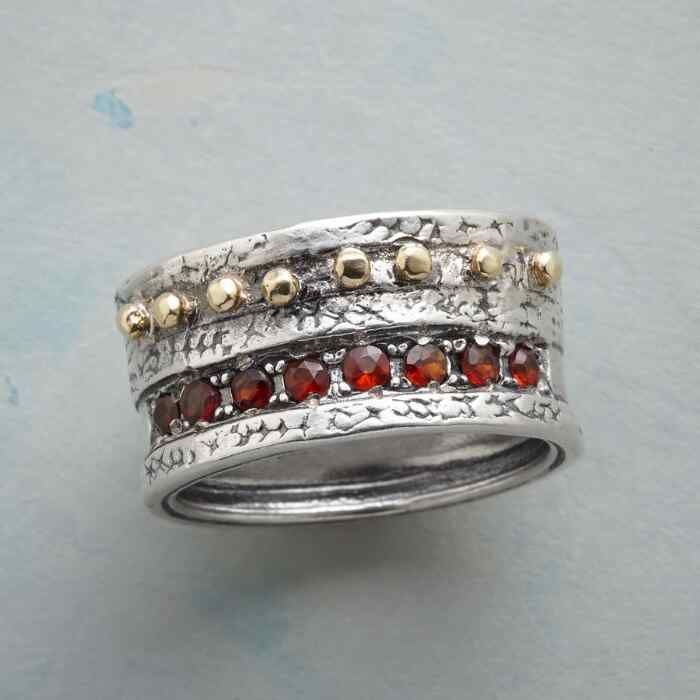 CASTLE WALL RING