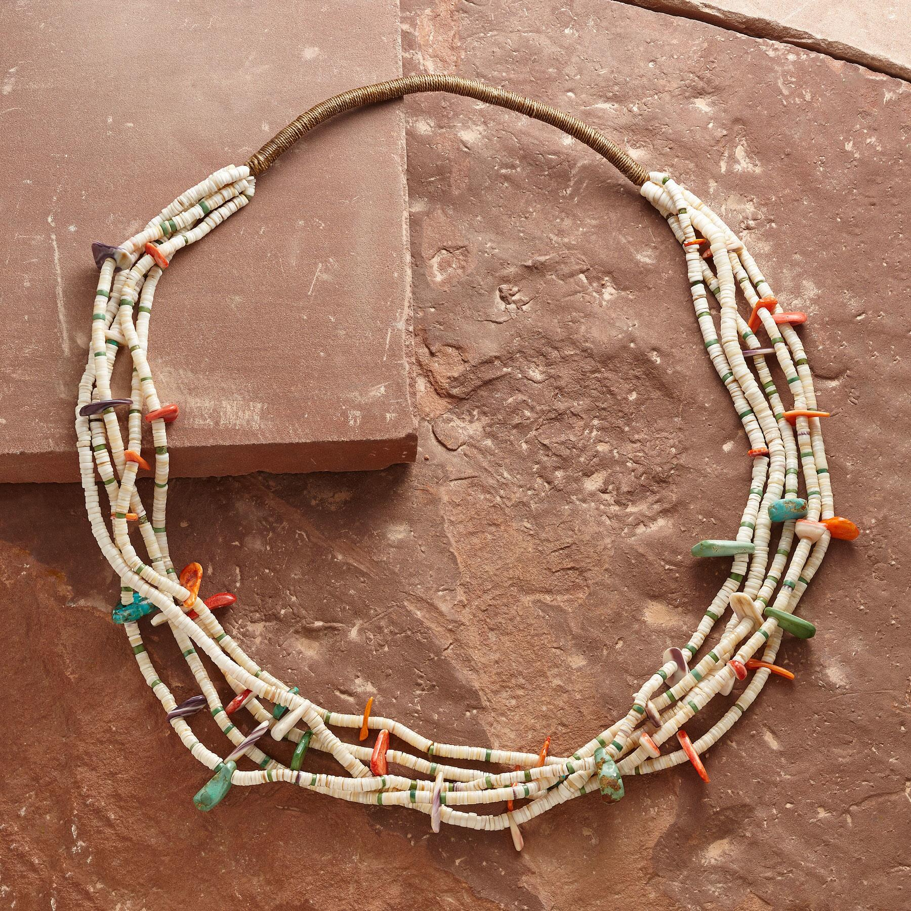1920'S SANTO DOMINGO SHELL NECKLACE: View 2