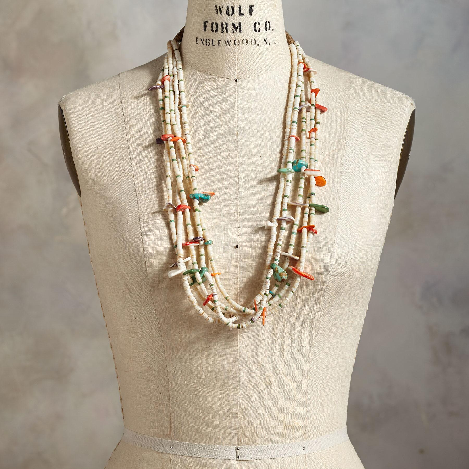 1920'S SANTO DOMINGO SHELL NECKLACE: View 3