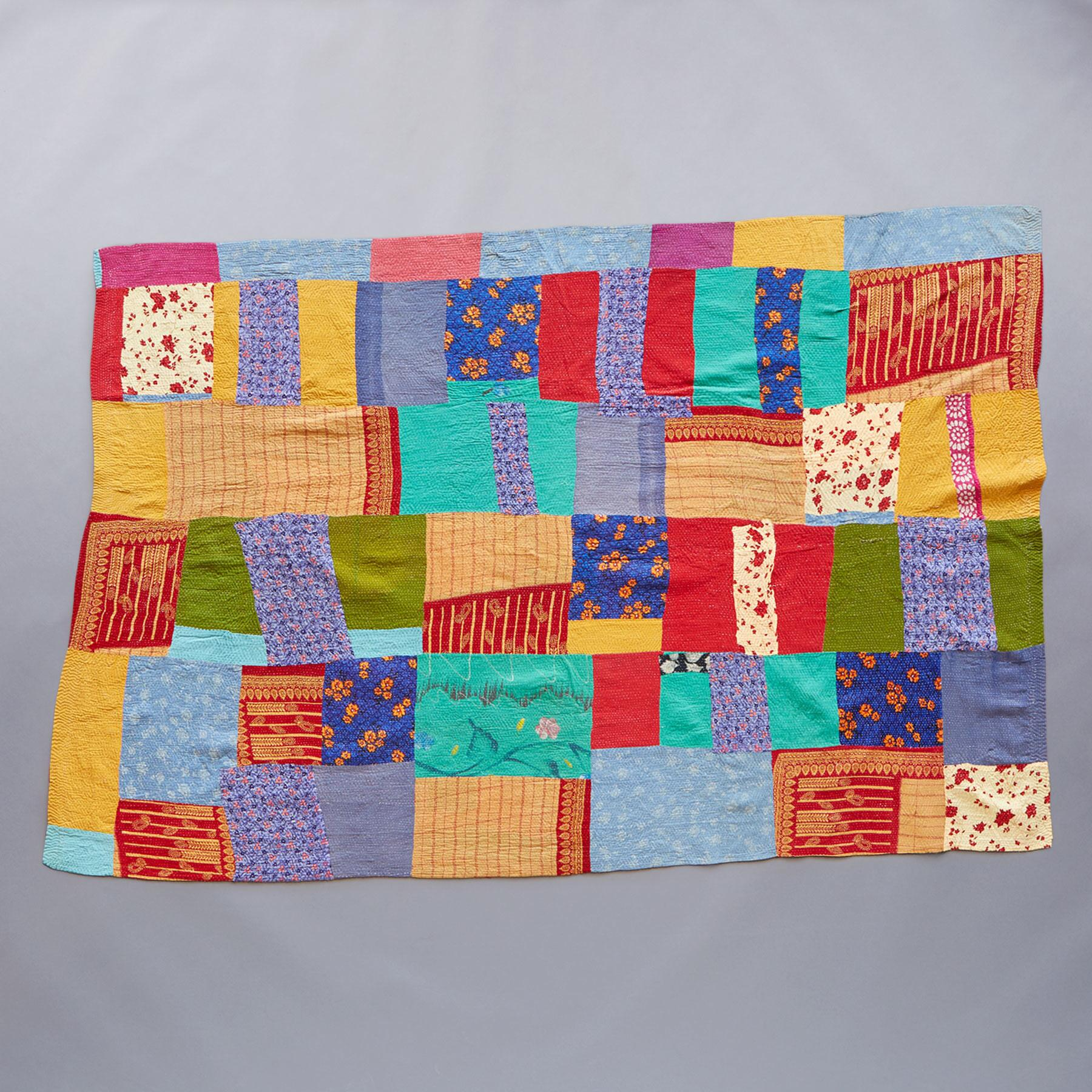 LINGARAJA SARI THROW: View 1