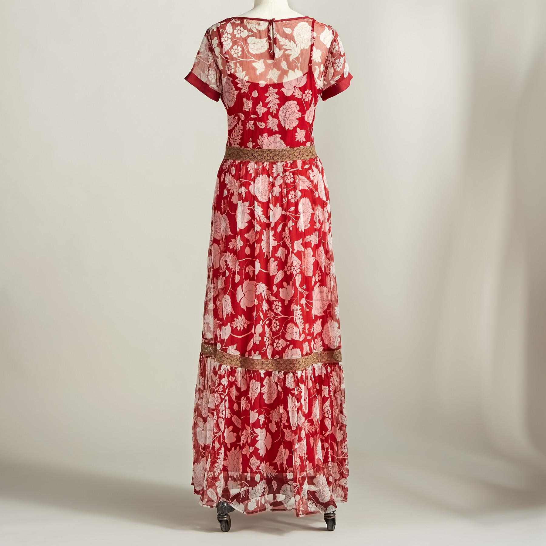 ROMANCING THE LACE DRESS: View 2