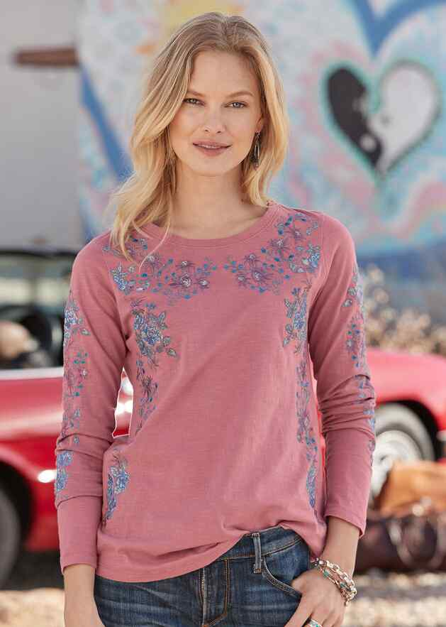 FLOURISH EMBROIDERED TOP