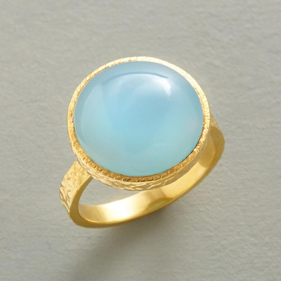 GOLDEN PEBBLES RING