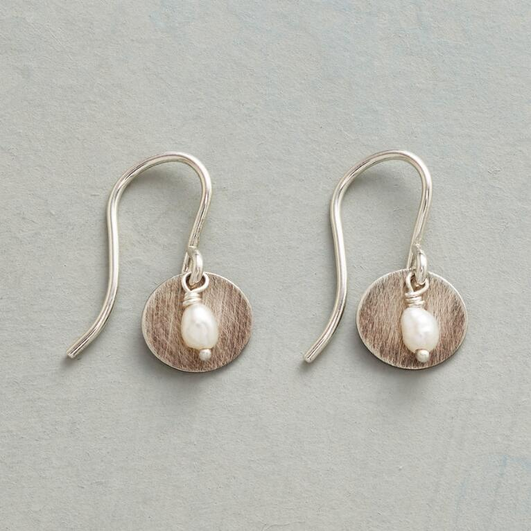 PEARL PUNCTUATION EARRINGS