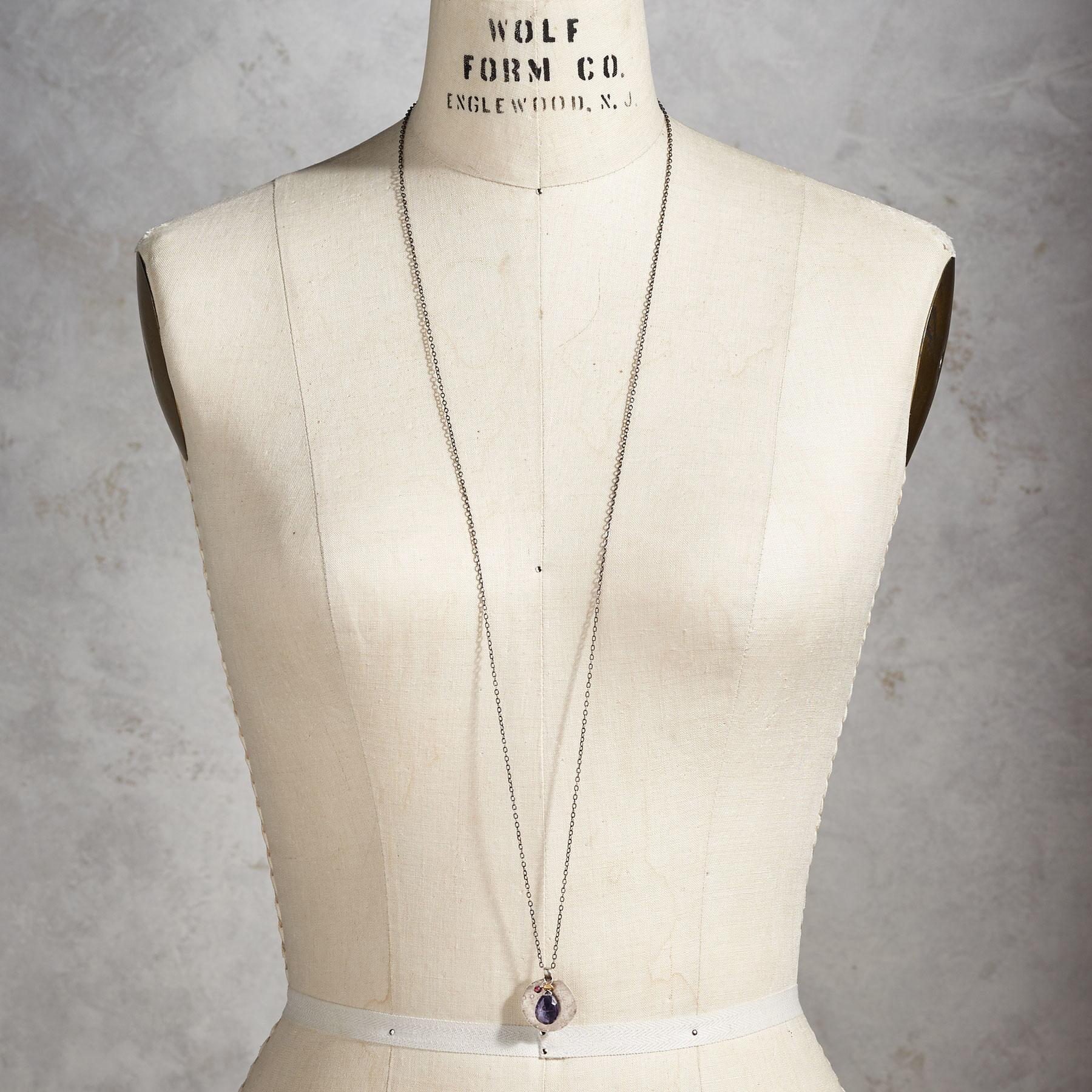 IN THE SPOTLIGHT NECKLACE: View 4