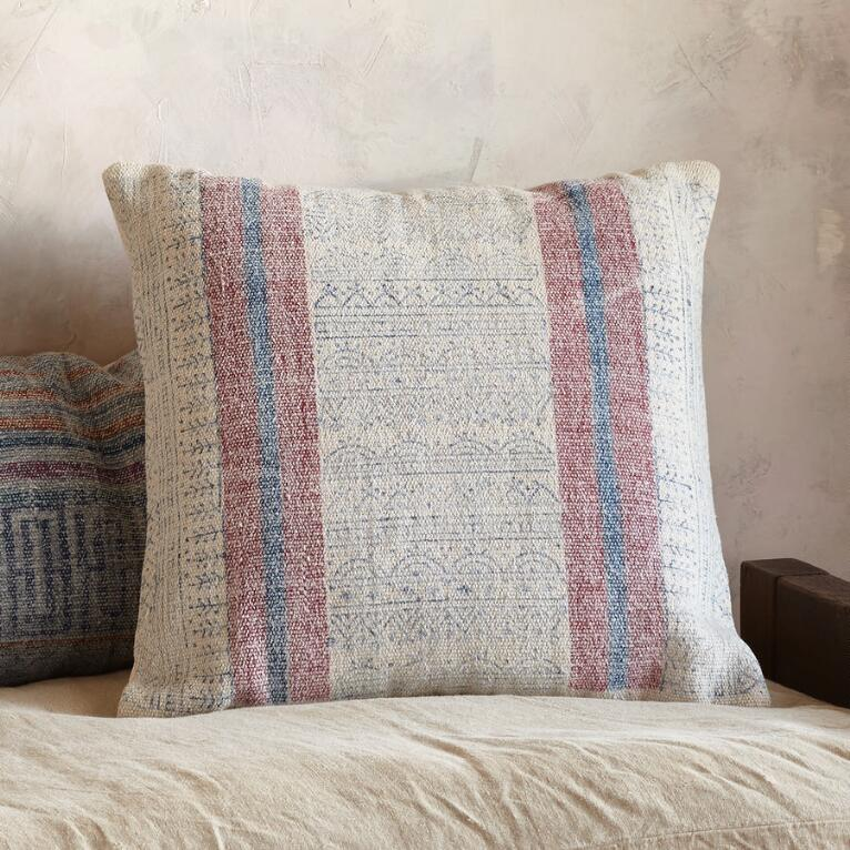 SUNFARER SQUARE PILLOW