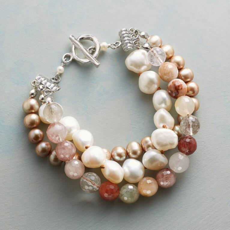 COLORS OF QUARTZ BRACELET