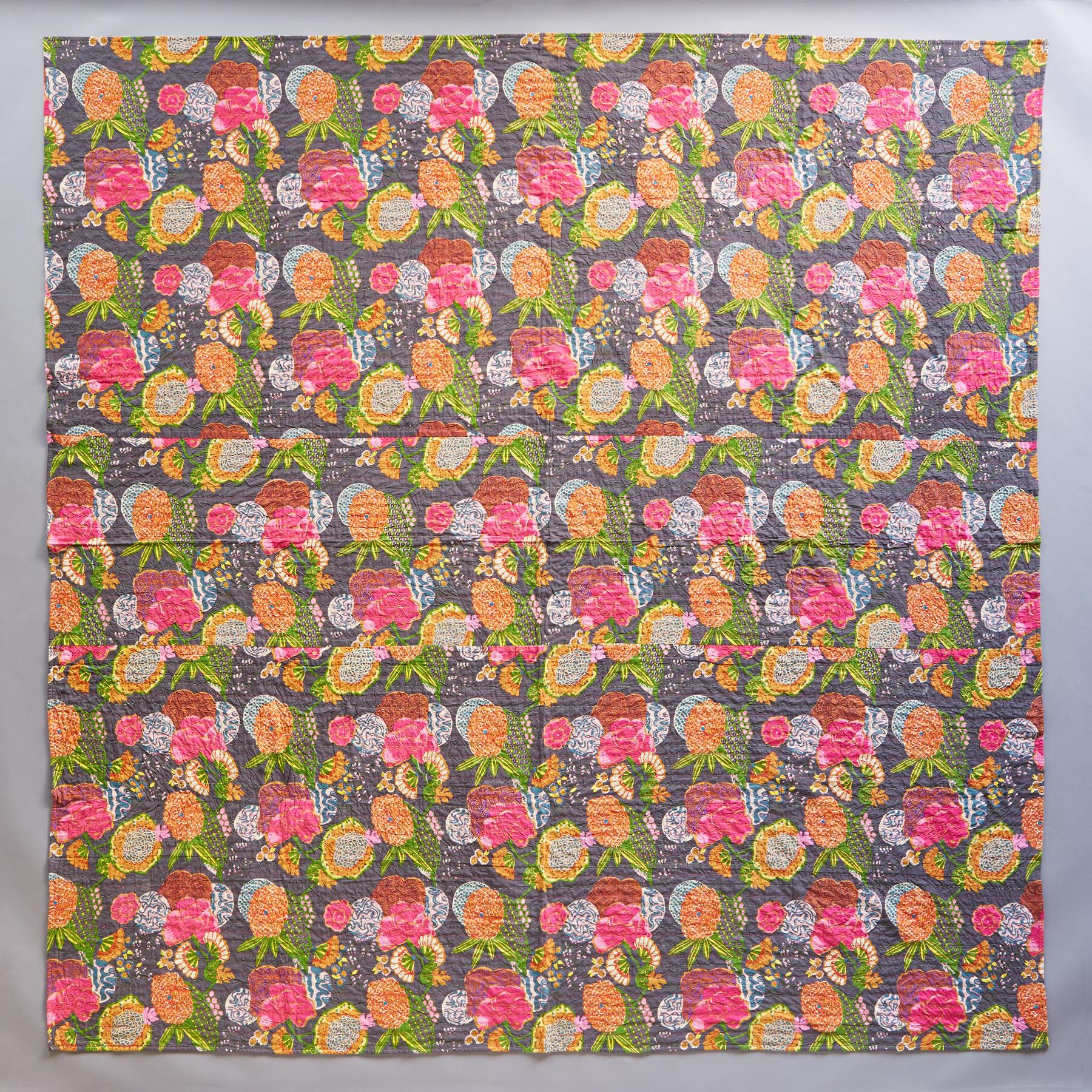 TROPICAL LIGHTWEIGHT QUILT: View 2