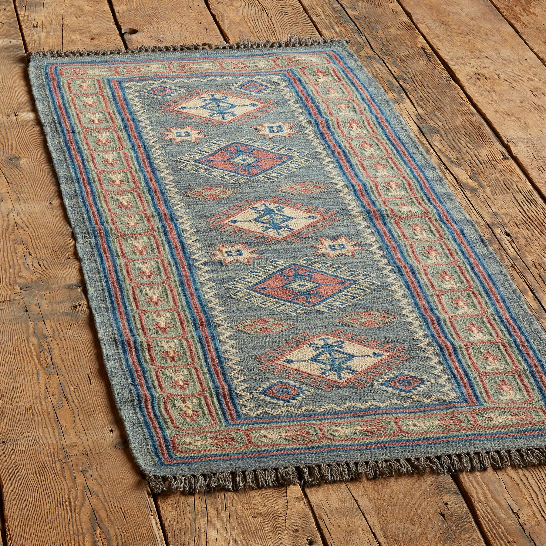 STAR CANYON KILIM RUG: View 3