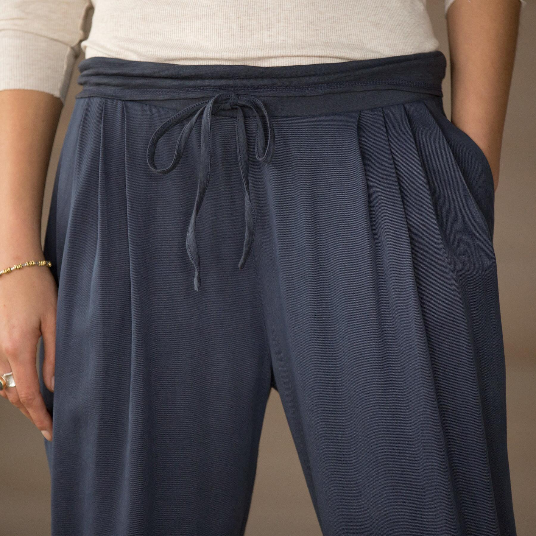 PERFECT WEEKEND PANTS: View 2