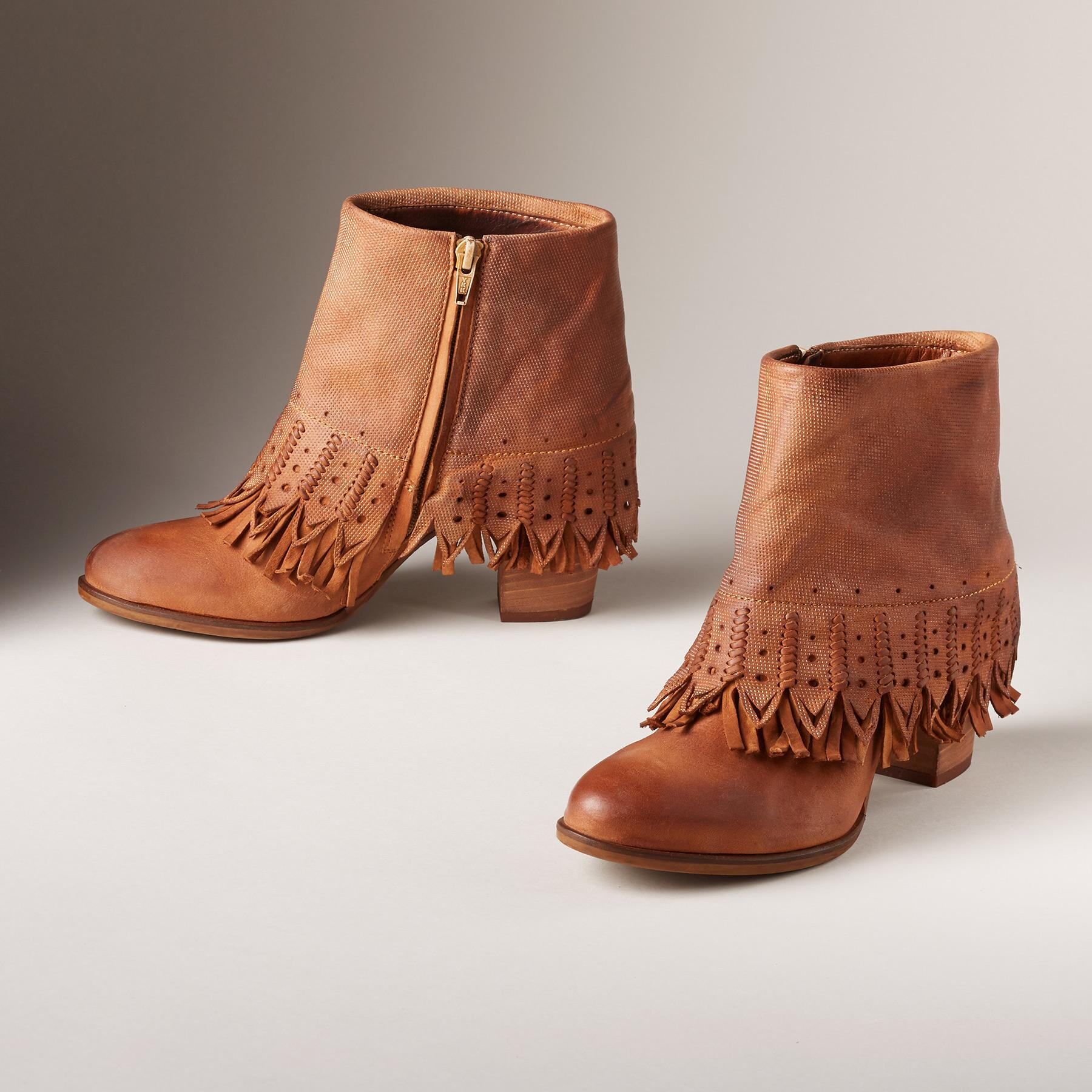 UNCHARTED TERRITORY BOOTS: View 2