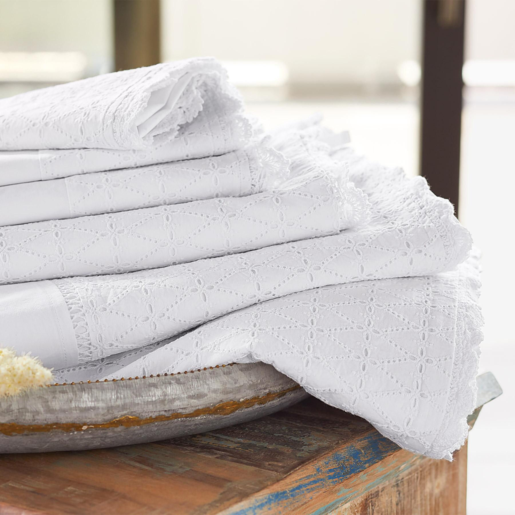 ELYSIA EYELET SHEET SET: View 3