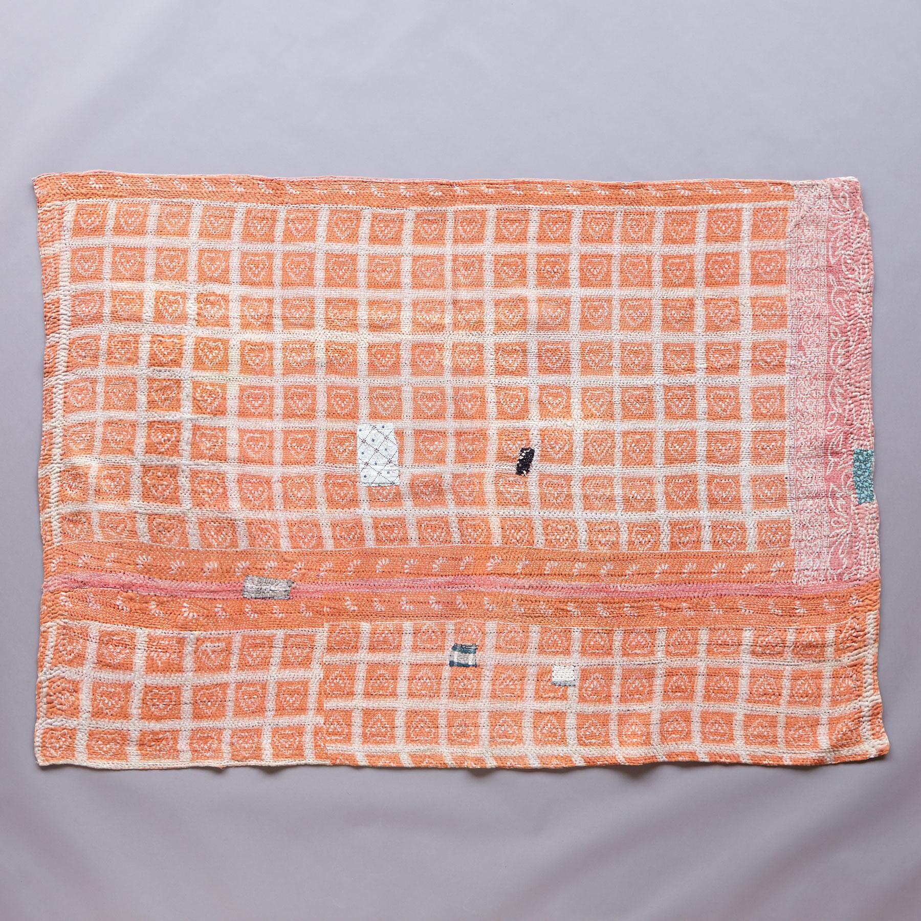 RANAKPUR SARI THROW: View 2