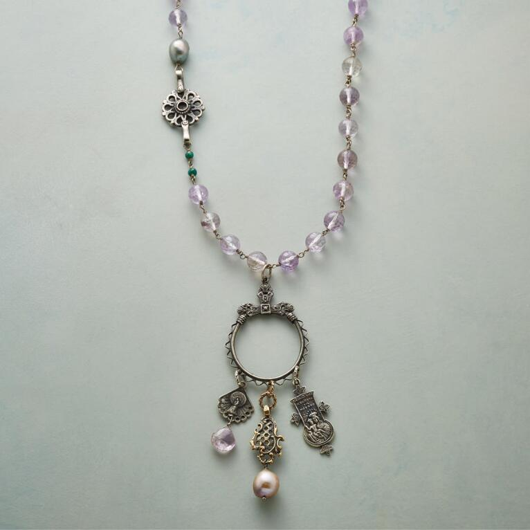 VIOLET REVERIE NECKLACE